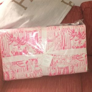 LILLY PULITZER POTTERY BARN KING REVERSIBLE QUILT